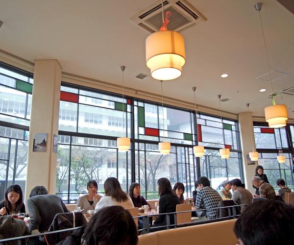フィンズカフェ&レストラン
